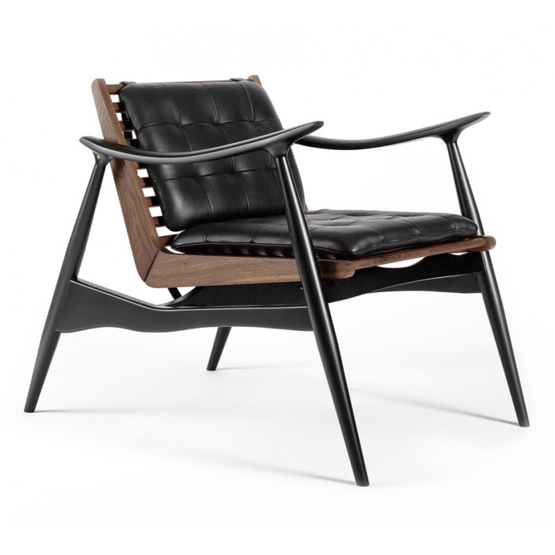 Atra Lounge Chair