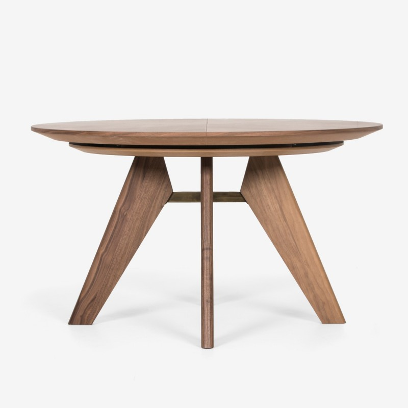 Maido Round Table